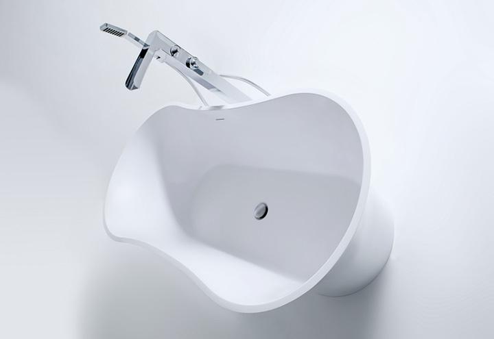 Baignoire lot flower thalassor baignoires ilot design en solid surface - Colonne baignoire ilot ...